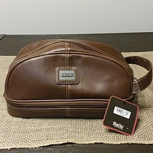 NWT Relic Toiletry Bag
